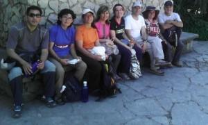 El grupo (excepto yo mismo) en Begues. Ya lo sé, mi móvil es un fracaso para las fotos...